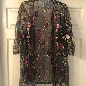 Black with embroidery flowers long kimono